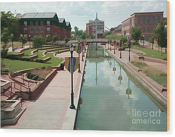 Carroll Creek Park In Frederick Maryland With Watercolor Effect Wood Print