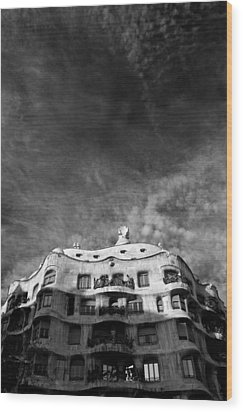Casa Mila Wood Print by Dave Bowman