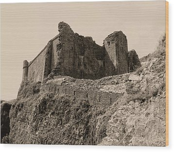 Wood Print featuring the photograph Castell Carreg Cennen by Nigel Fletcher-Jones