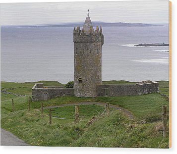 Castle By The Sea In Ireland Wood Print by Jeanette Oberholtzer