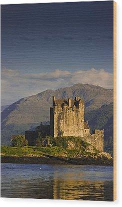 Wood Print featuring the photograph Castle Eilean Donan by Gabor Pozsgai