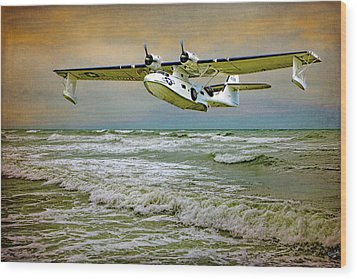 Catalina Flying Boat Wood Print