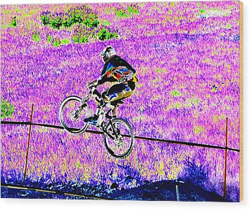 Catching Air Wood Print by Peter  McIntosh