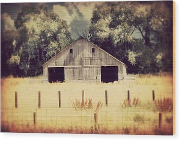 Wood Print featuring the photograph Hwy 3 Barn by Julie Hamilton