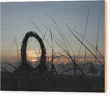 Celtic Circle Dawn-05 Wood Print by Pat Bullen-Whatling