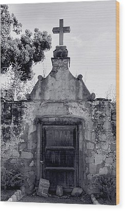Cemetery At Mission Santa Barbara I Wood Print by Steven Ainsworth