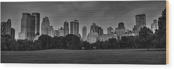 Central Park Skyline Pano 001 Bw Wood Print by Lance Vaughn