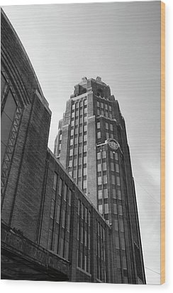 Wood Print featuring the photograph Central Terminal 15142 by Guy Whiteley