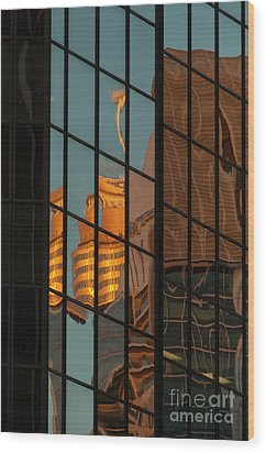 Centrepoint Hiding Wood Print by Werner Padarin