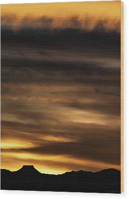 Wood Print featuring the photograph Cerro Pedernal by Britt Runyon