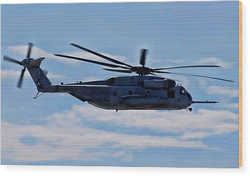 Ch-53d Sea Stallion - 2 Wood Print by Tommy Anderson