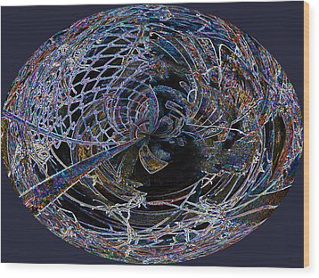 Chain Link Lace 1 Wood Print by Beverly Kimble Davis