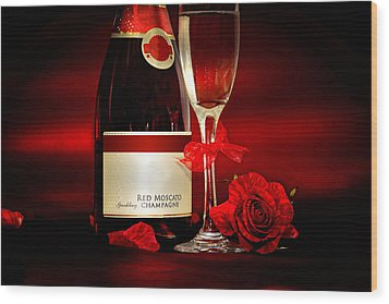 Champagne With Red Roses And Petals Wood Print