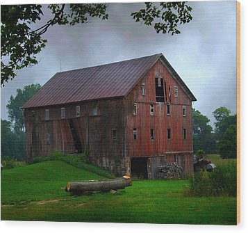 Chapman Lake Barn Wood Print