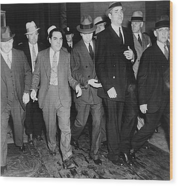 Charles Lucky Luciano In Center Wood Print by Everett