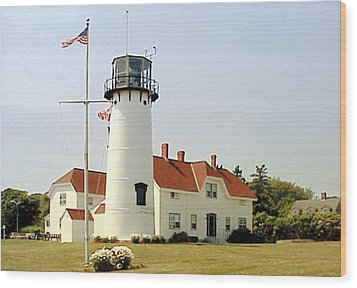 Wood Print featuring the photograph Chatham Lighthouse by Frederic Kohli