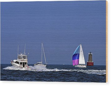Chesapeake Bay Action Wood Print by Sally Weigand