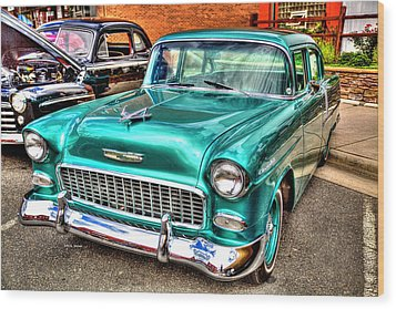 Chevy Cruising 55 Wood Print by Dale R Carlson