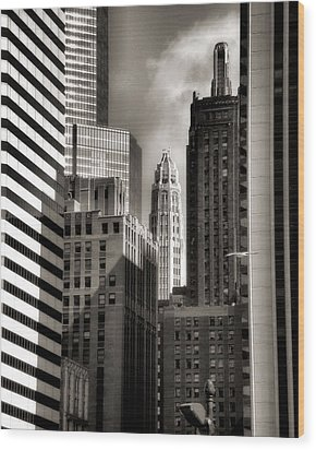 Chicago Architecture - 13 Wood Print by Ely Arsha