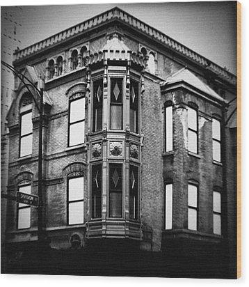 Chicago Historic Corner Wood Print