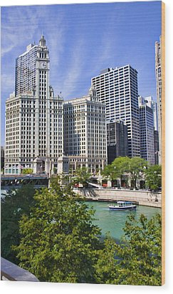 Chicago With Boat Wood Print by Paul Bartoszek