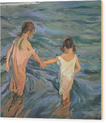 Children In The Sea Wood Print by Joaquin Sorolla y Bastida