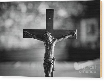 Christ On The Cross Wood Print by Dean Harte