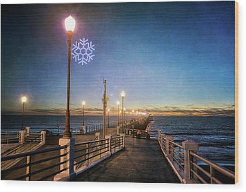 Christmas At The Pier Wood Print by Ann Patterson