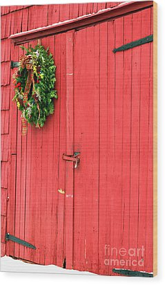Christmas Barn Wood Print by John Rizzuto
