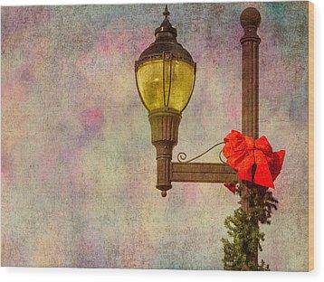 Christmas Lamp Post Wood Print by Phillip Burrow