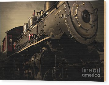 Chugging Across America In The Age Of Steam . Golden Cut . 7d12980 Wood Print by Wingsdomain Art and Photography