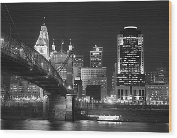 Cincinnati At Night Wood Print by Russell Todd