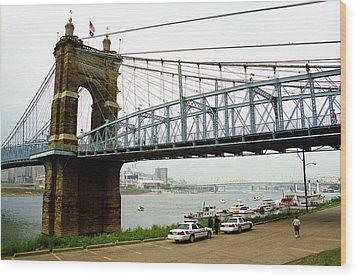 Cincinnati - Roebling Bridge 5 Wood Print by Frank Romeo