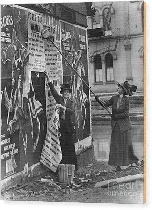 Cincinnati: Suffragettes Wood Print by Granger