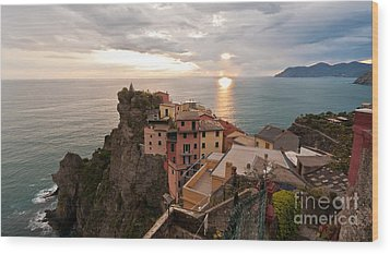 Cinque Terre Tranquility Wood Print by Mike Reid