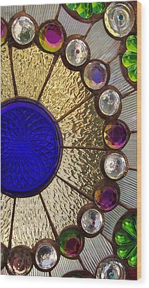 Circle Central Wood Print by Linda Mishler