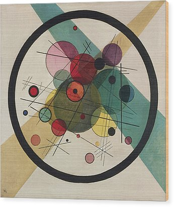Circles In A Circle Wood Print by Wassily Kandinsky