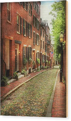 Wood Print featuring the photograph City - Boston Ma - Acorn Street by Mike Savad