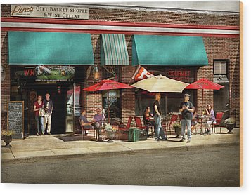 Wood Print featuring the photograph City - Edison Nj - Pino's Basket Shop by Mike Savad