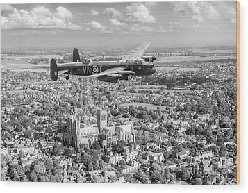 Wood Print featuring the photograph City Of Lincoln Vn-t Over The City Of Lincoln Bw Version by Gary Eason