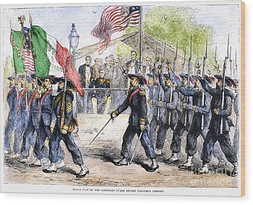 Civil War: Garibaldi Guard Wood Print by Granger
