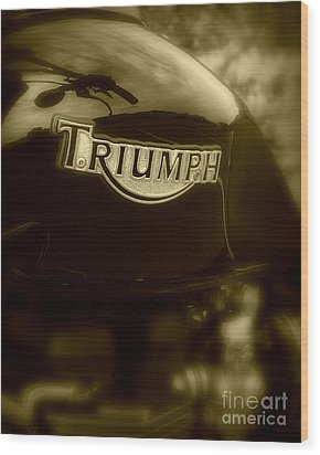 Classic Old Triumph Wood Print by Perry Webster