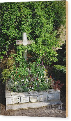 Claude Monet Grave In Giverny Wood Print by Olivier Le Queinec
