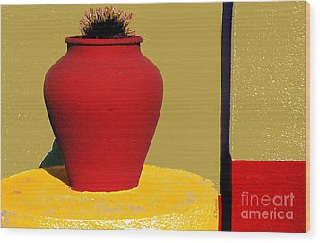 Clay Pot In Red Wood Print by Linda  Parker
