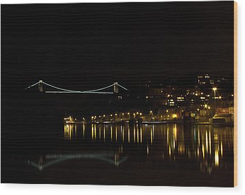 Clifton Suspension Bridge At Night Wood Print by Brian Roscorla