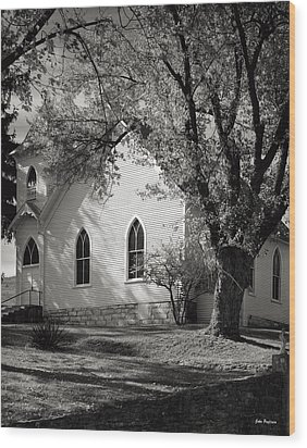 Clover Hollow Church Wood Print