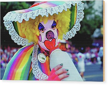 Clown 2 - Pioneer Day Parade  Wood Print by Steve Ohlsen