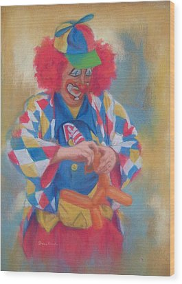 Clown Making Balloon Animals Wood Print by Diane Caudle