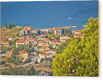 Coastal Village On Island Of Pasman Wood Print by Brch Photography