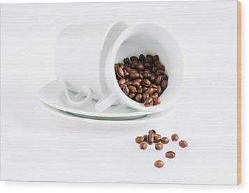 Coffee Cups And Coffee Beans  Wood Print by Ulrich Schade